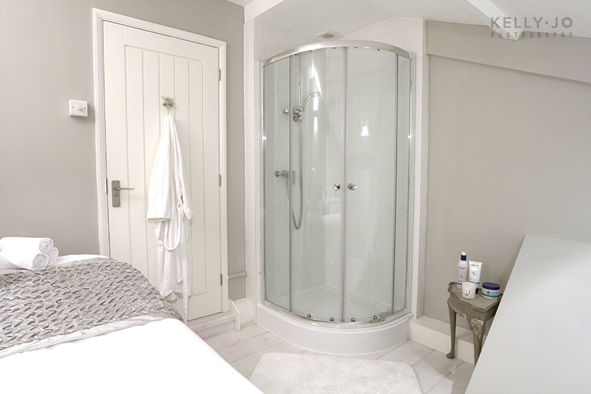 Shower Room, Commercial Photographer Buckinghamshire | @ Kelly Jo Photography
